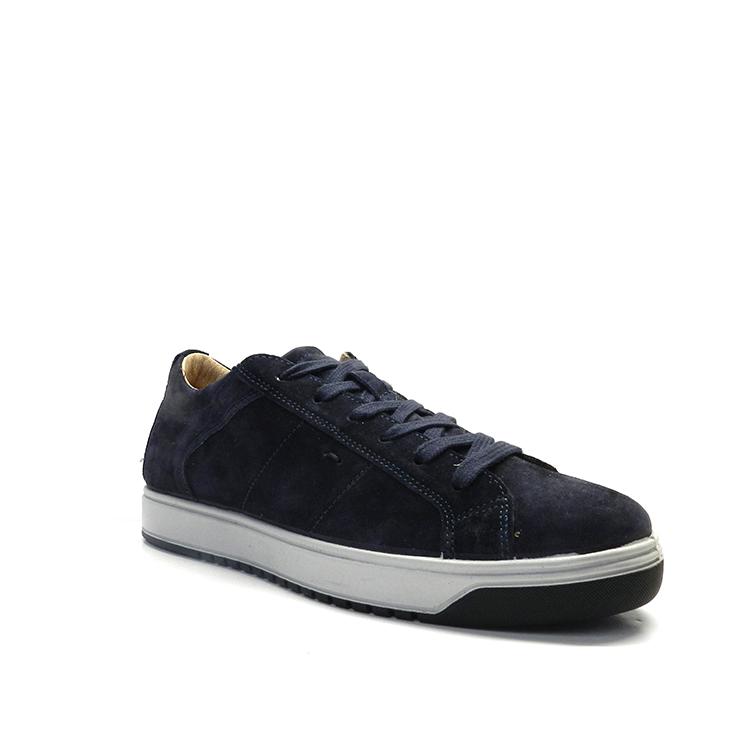 Zapatos con cordones deportivos con ante en color azul marino y con detalle de costura, marca Imac.
