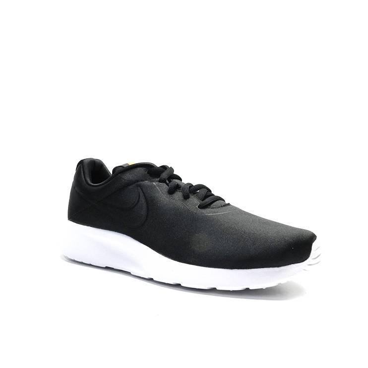 sneakers de cordones en raso de color negro,marca nike