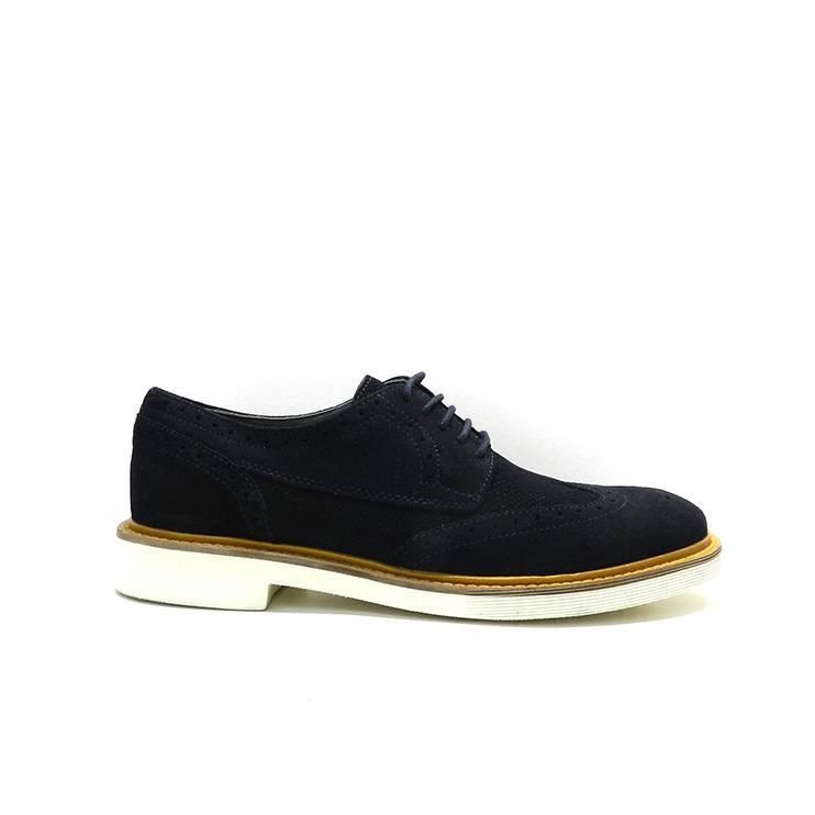 zapatos de cordones i nobuck con pala vega picada, marca Geox.