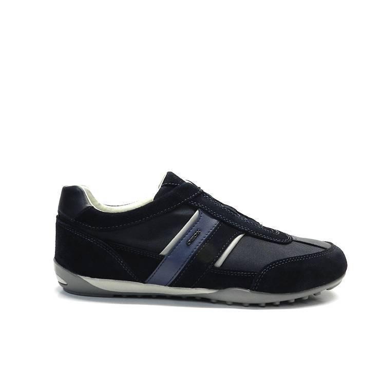 sneakers cordones raya lateral suela fina, marca Geox.