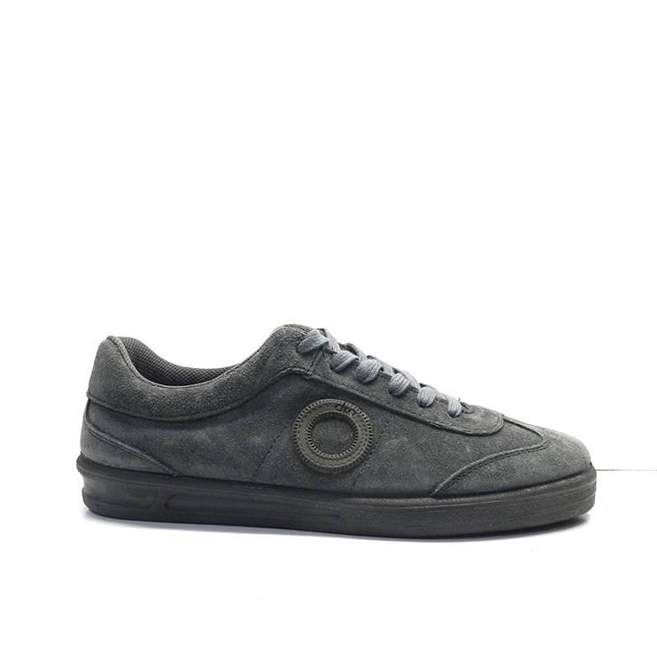 sneakers de cordones en ante gris ,marca aro