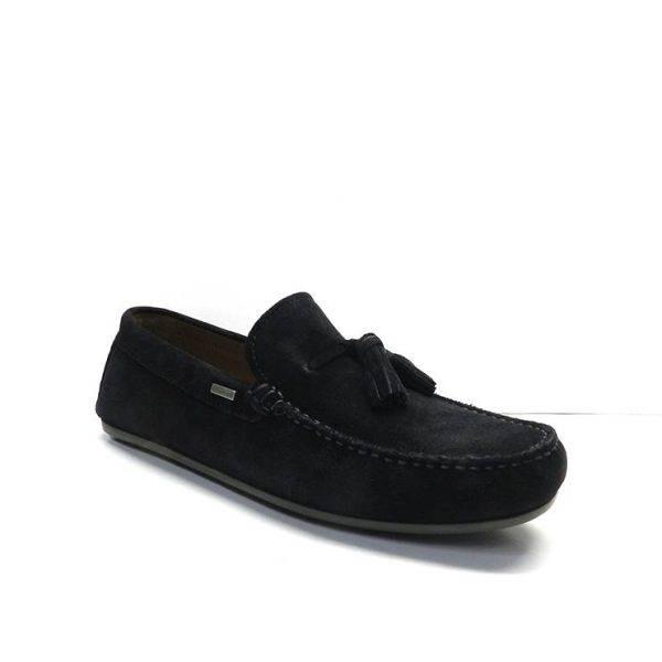 Zapatos tipo mocasin,estilo ingles, de serraje de color azul marino con adorno empeine ,marca tommy hilfiger