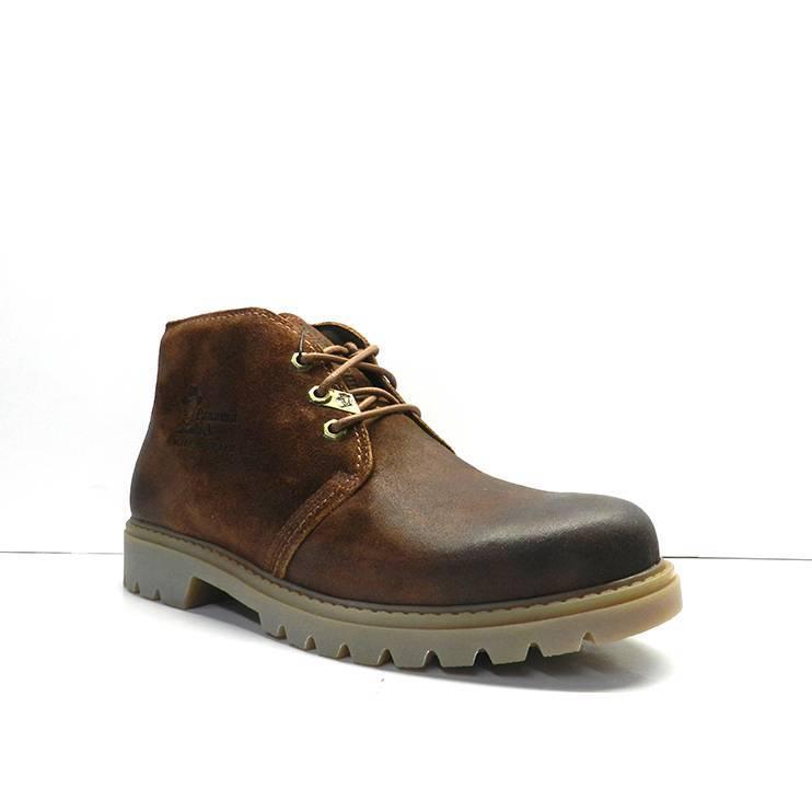 botín clásico piel engrasadaen color marrón de la marca panama jack.