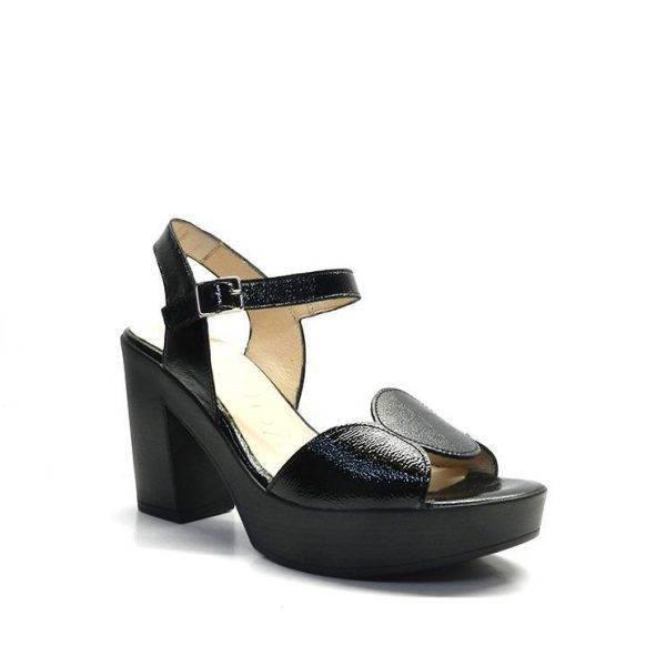 Sandalia piel napa lisa con tira ondulada de la marca wonders.