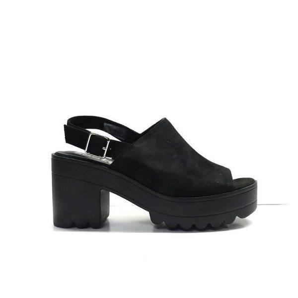 sandalias abotinadas con tacon y plataforma de goma en color negro ,marca coolway