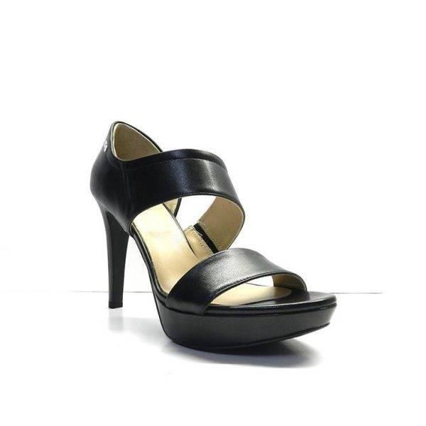 sandalias de tacon alto y plataforma con talonera cerrada de color negro,marca nero giardini