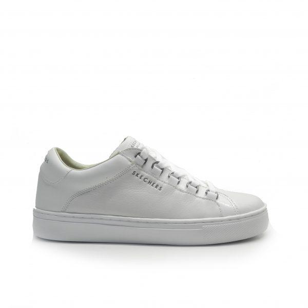 sneakers de piel de color blanco, con argollas plateadas ,marca skechers