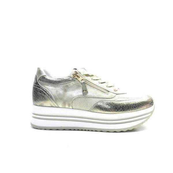 sneakers de piel en color dorado,con plataforma y cremallera lateral,marca nero giardini