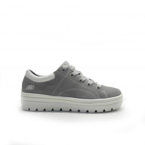 sneakers de serraje de color gris con plataforma ,marca skechers