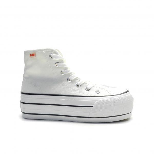 sneakers bota de color blanco con plataforma y cordones de la marca cool way.