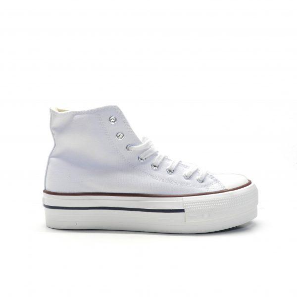 sneakers bota de lona en color blanco con plataforma de la marca victoria.