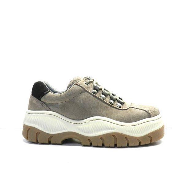 Sneakers- ESCALA1025